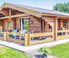Two-Bedroom Holiday Home in Rheezerveen