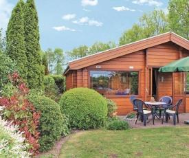Two-Bedroom Holiday Home in Rheezerveen